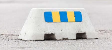 barrier: Jersey Barrier with Retroreflector.
