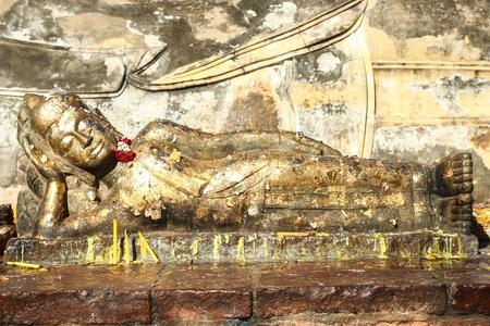 buddha image: imagen de Buda de oro de tono Foto de archivo