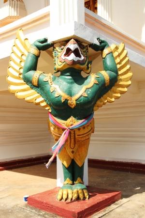 garuda: Stand Garuda statue