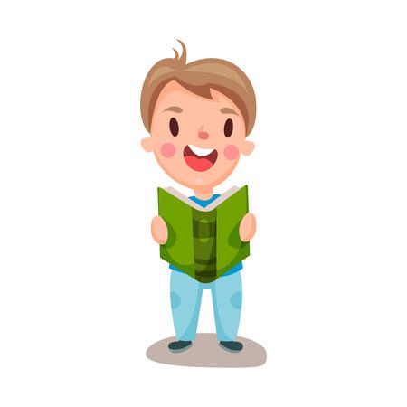Mignon garçon heureux, lisant un livre, concept de l'éducation et de la connaissance, vecteur de caractères colorés Illustration