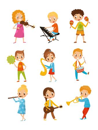 Niños jugando instrumento musical, talentosos personajes de músico pequeño vector de dibujos animados ilustraciones aisladas sobre fondo blanco.