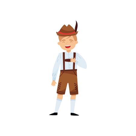 Garçon riant drôle dans l'habillement bavarois national. Enfant en chemise, short en lederhosen traditionnel avec bretelles et chapeau avec plume. Personnage masculin de dessin animé. Illustration vectorielle isolée dans un style plat Vecteurs