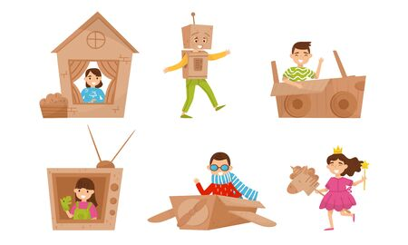 Children play with cardboard crafts. Vector illustration. Foto de archivo - 133682765