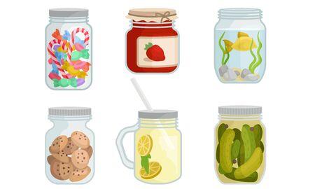 Set di lattine chiuse in vetro con cibo e bevande. Illustrazione vettoriale su sfondo bianco. Vettoriali