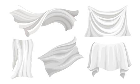 Set of pieces of wavy white clean fabric fluttering in the wind. Tablecloth, curtain, sheet. Vector illustration. Standard-Bild - 133682382