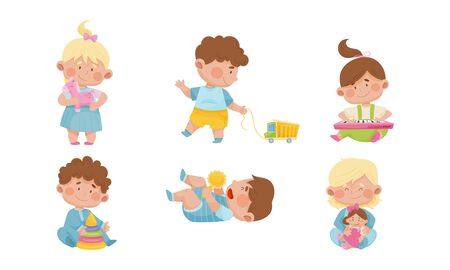 Baby Boys and Girls Sitting on the Floor and Playing with Their Toys Vector Set Vecteurs