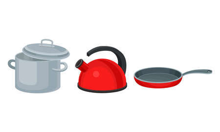 Saucepan, Frying Pan and Kettle for Boiling Water as Metal Kitchen Utensil Vector Set Vettoriali