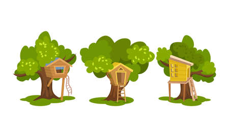 Tree Houses as Wooden Hut in Tree Crown with Ladders Vector Set Ilustração