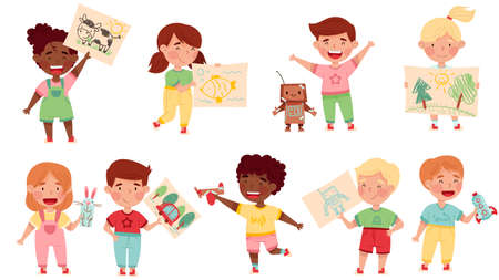 Kids Artist Showing Their Handcrafted Item and Drawing Vector Set Vettoriali