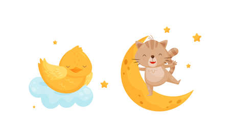 Yellow Chick Sleeping on Soft Cloud and Cat Swinging on Crescent Moon Vector Set Vetores