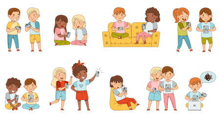 Little Children with Smartphone and Tablet pc Playing and Surfing Internet Vector Set  イラスト・ベクター素材