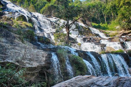 Doi Inthanon 국립 공원, 치앙마이, 태국에서 메이 예 폭포 스톡 콘텐츠
