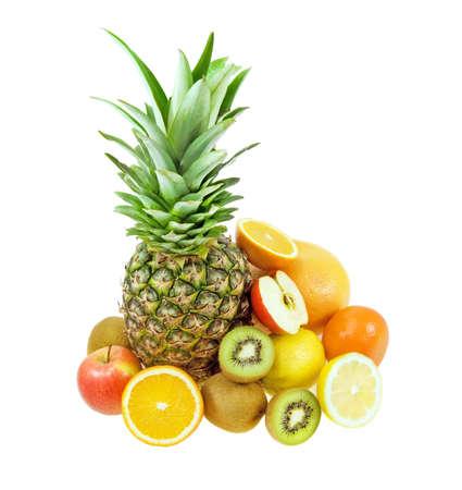 Trotical 과일 아직도 인생 흰색 배경에 고립 : 파인애플, 키 위, 레몬, 귤, 사과, 오렌지, 자 몽 등