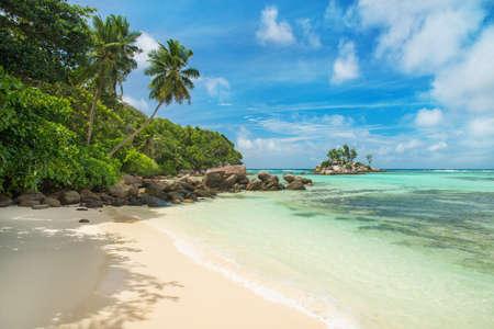 anse: Tropical beach Anse Royale at island Mahe, Seychelles - vacation background