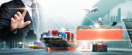 Global business connection technology interface of partner connection, logistics network distribution, online goods orders, global business logistics import export concept and transportation Industry 版權商用圖片