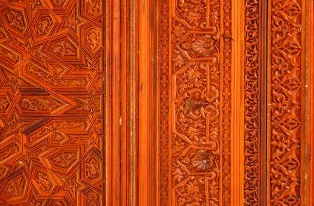 tallado en madera: La decoración islámica de Madera