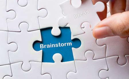 comité d entreprise: Puzzle avec le mot remue-méninges Banque d'images