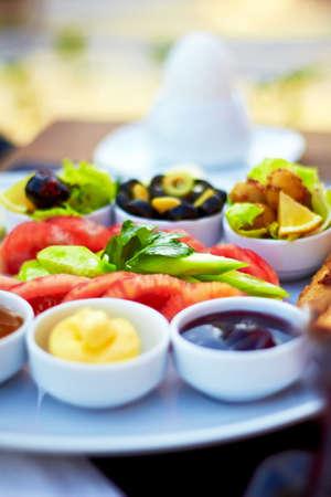 reggeli: Egészséges török reggelit a világos reggel.