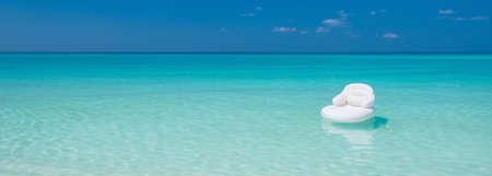 tourismus: Ozean Lounge Panorama Stock Photo