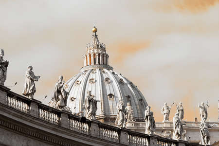 Rome,Italy - 2 January 2008: View of Saint Peter Dome of Rome 新聞圖片