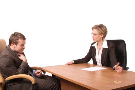 berisping: Senior vrouw junior business man praten - berisping, geïsoleerde