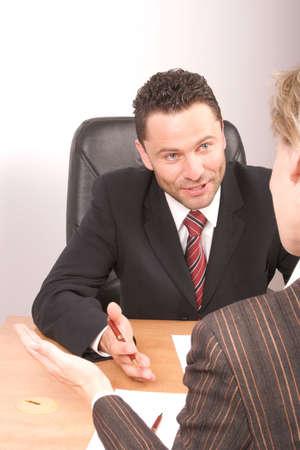 comit� d entreprise: White homme et la femme d'affaires de parler  Banque d'images