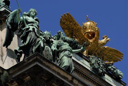 hofburg: D�tail de la d�coration sur le palais imp�rial de la Hofburg � Vienne