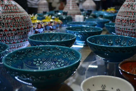 attract attention: Ceramics which are handicraft products attract attention