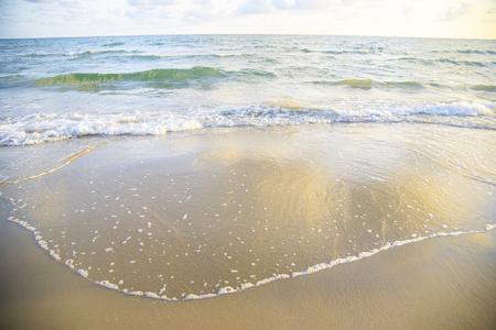 vague plage fond mer et sable magnifique de l'océan bleu Banque d'images
