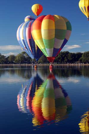 cloud drift: hot air balloon