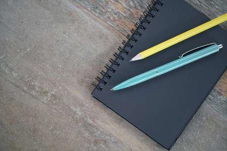 Notepad and pencils Foto de archivo