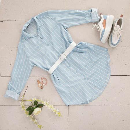 blue women shirt and accessories Zdjęcie Seryjne