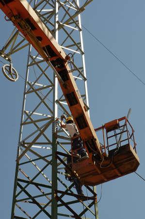 repair pylons high voltage 4