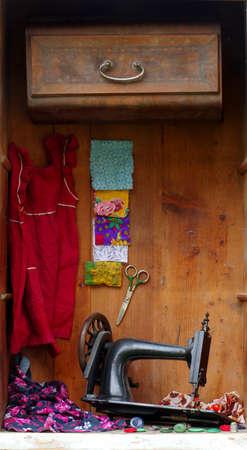 antique scissors: old sewing machine still life  Stock Photo