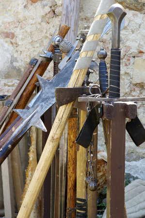 alabarda: Alabarda armi medievali Archivio Fotografico
