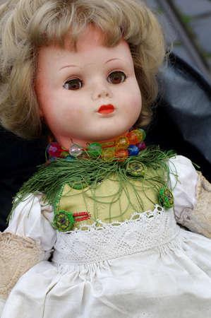 muneca vintage: juguete de la mu�eca de la vendimia Foto de archivo