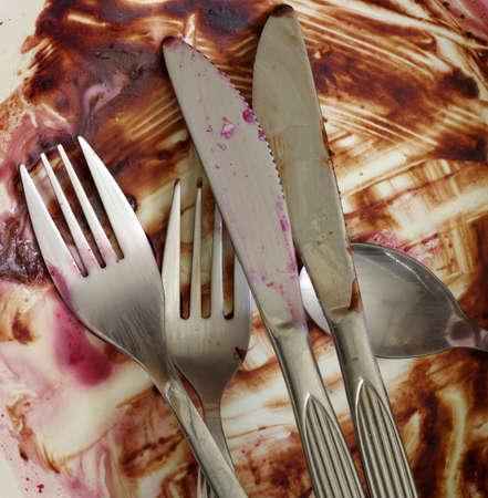 cutlery dirty