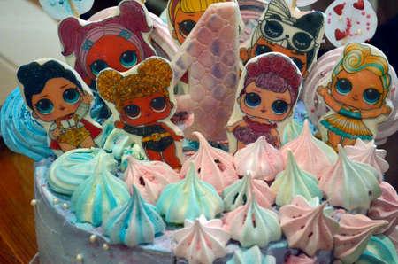 Sweet desserts, delicious nut cake. 版權商用圖片