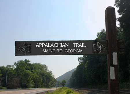 appalachian trail sign: Appalachian halfway sign of the trail in Duncannon Pennsylvania