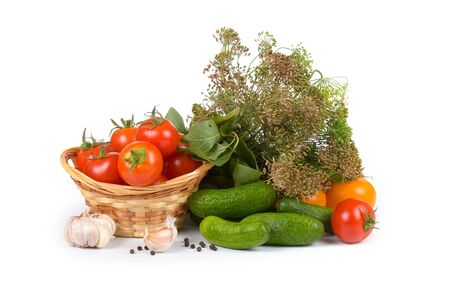 Preparation vegetables for salting in house conditions