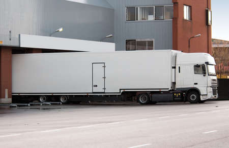 untitled key: big truck at loading dock