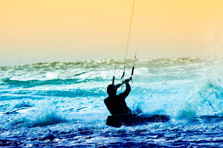 Kite Boarder in Aktion  Standard-Bild - 3277199