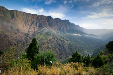 the largest: Caldera Taburiente in La Palma (Canary Islands) The largest erosion crater in the world