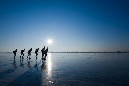 Eislaufen in den Niederlanden Standard-Bild - 4102905