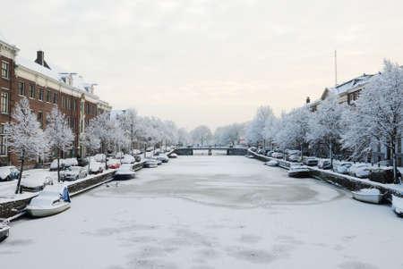 Winter in the Netherlands ( Haarlem Nieuwe gracht) Stock Photo - 6227995