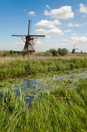 Windmühle Landschaft am Kinderdijk in der Nähe Rotterdam Niederlande Lizenzfreie Bilder