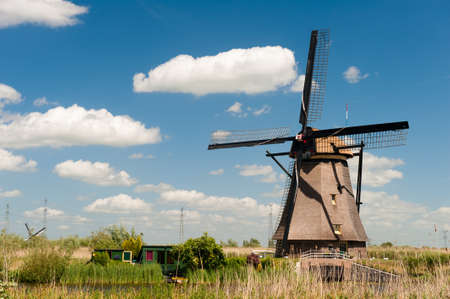 Windmill landscape at Kinderdijk near Rotterdam The Netherlands Stock Photo - 9751051