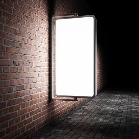 blank billboard: Blank Stra�e Werbetafel auf Mauer in der Nacht
