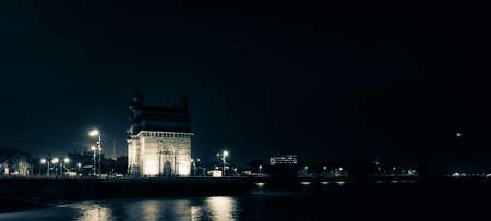 Panorama of Mumbai historical monument gate way of India 版權商用圖片