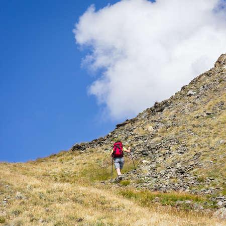 aosta: Hiking trail towards Arpisson summit. Aosta Valley, Italy Stock Photo